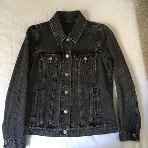Levi's Washed Black Trucker Jean Jacket Size Small